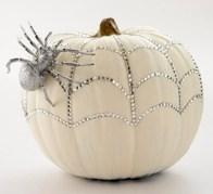 Creative diy halloween decorations using spider web 09