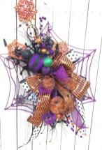 Creative diy halloween decorations using spider web 35