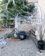 Creative diy halloween outdoor decoration ideas 02