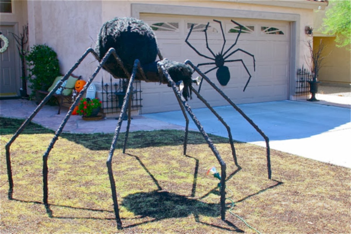 52 Creative DIY Halloween Outdoor Decoration Ideas