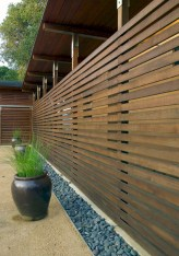 Diy backyard privacy fence ideas on a budget (11)