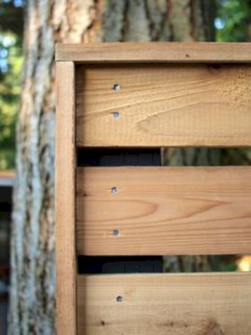 Diy backyard privacy fence ideas on a budget (27)