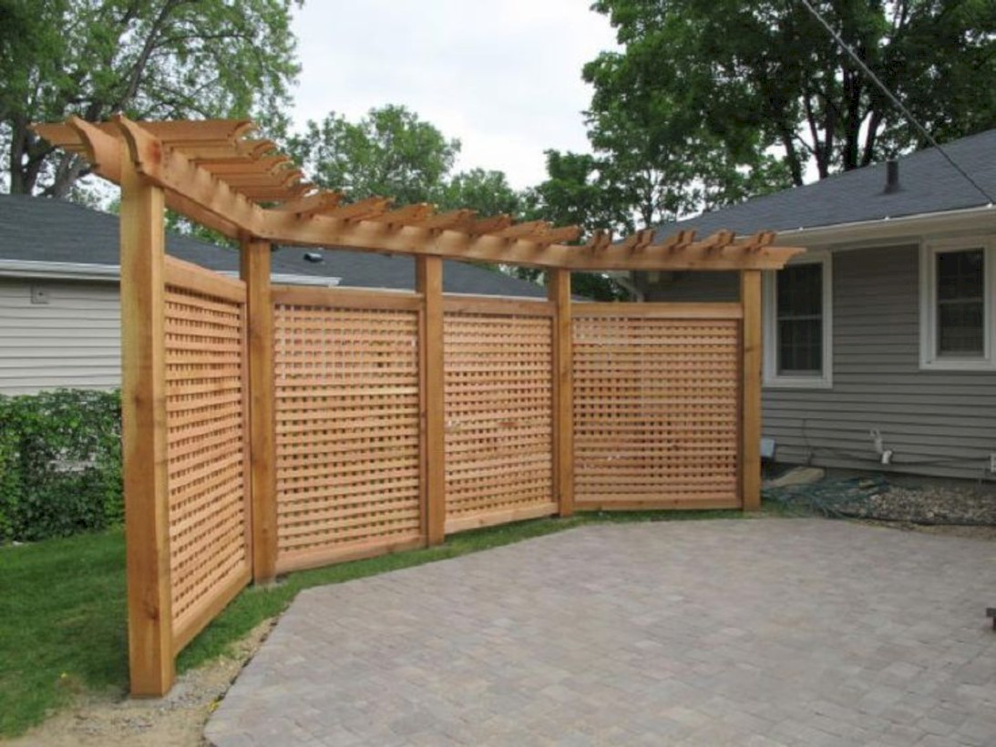 Diy backyard privacy fence ideas on a budget (44)