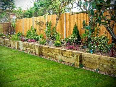 Diy backyard privacy fence ideas on a budget (7)