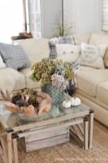 Elegant halloween living room decoration ideas 09