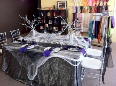 Elegant halloween living room decoration ideas 19