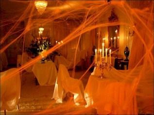 Elegant halloween living room decoration ideas 25