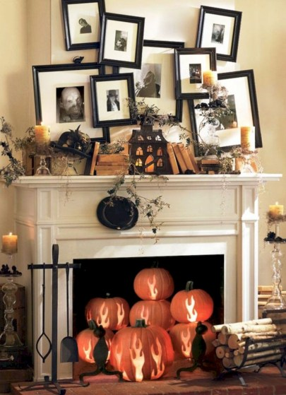 Elegant halloween living room decoration ideas 26