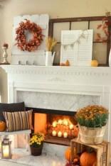 Elegant halloween living room decoration ideas 48