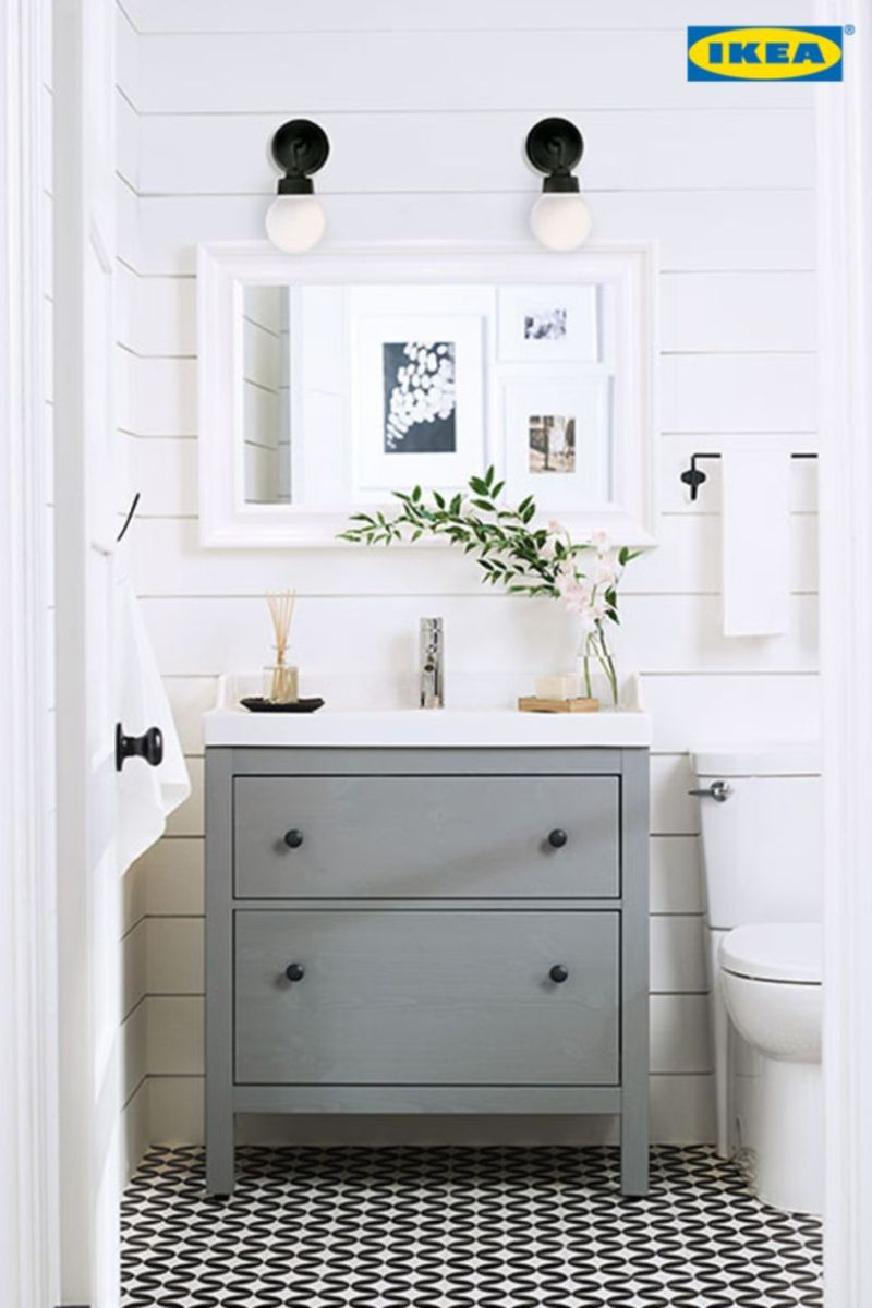 Farmhouse bathroom ideas for small space (23)