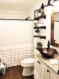 55 Farmhouse Bathroom Ideas for Small Space - Round Decor