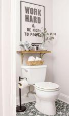 Farmhouse bathroom ideas for small space (36)