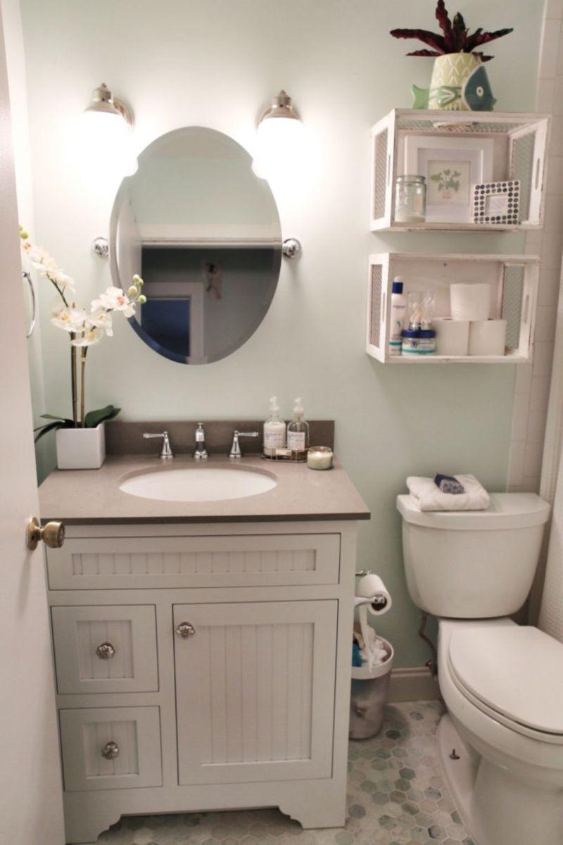 Farmhouse bathroom ideas for small space (45)