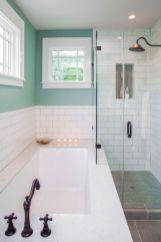 Farmhouse bathroom ideas for small space (50)