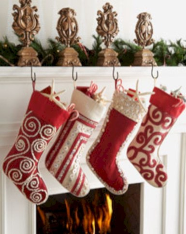 Fun and cute colorful christmas decoration ideas 29