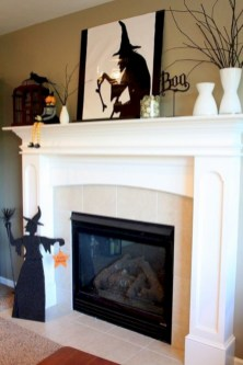 Great halloween mantel decorating ideas 11