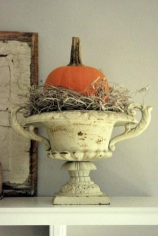 Great halloween mantel decorating ideas 24
