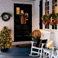 Ideas how to make comfortable rustic outdoor christmas décoration 28