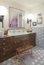 Industrial vintage bathroom ideas (31)