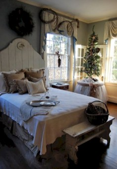 Inspiring christmas bedroom décoration ideas 29