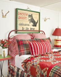 Inspiring christmas bedroom décoration ideas 36