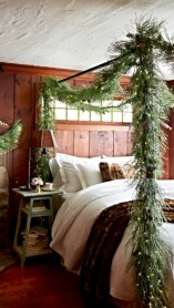 Inspiring christmas bedroom décoration ideas 48