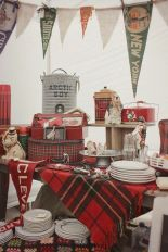 Inspiring christmas decoration ideas using plaid 03