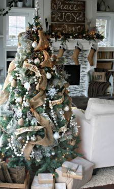 Inspiring christmas decoration ideas using plaid 07