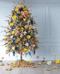 Inspiring christmas decorations ideas with traditional touch 42