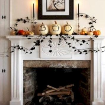 Inspiring halloween fireplace mantel ideas 12