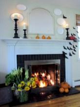 Inspiring halloween fireplace mantel ideas 31
