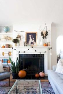 Inspiring halloween fireplace mantel ideas 40