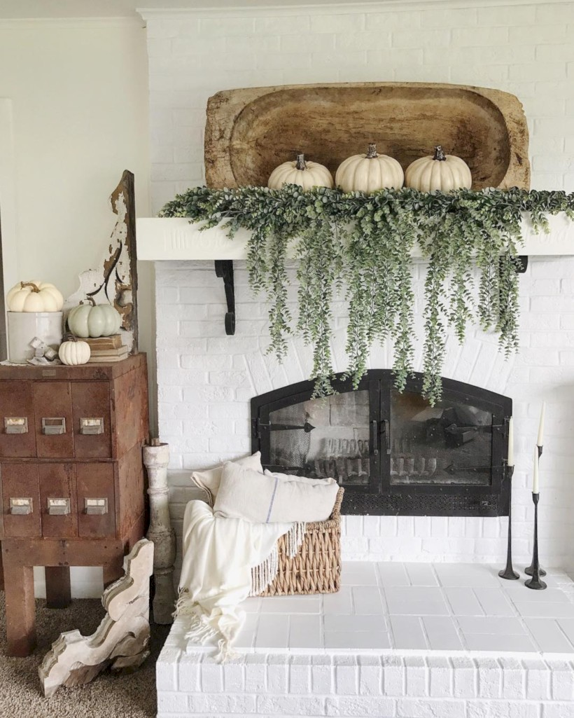 inspiring halloween fireplace mantel ideas 47