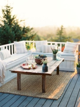 Lovely patio outdoor space ideas on a minimum budget (62)