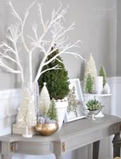 Minimalist and modern christmas tree décoration ideas 02