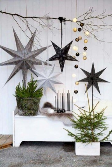 Minimalist and modern christmas tree décoration ideas 25