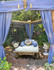 Moroccan themed bedroom design ideas 22