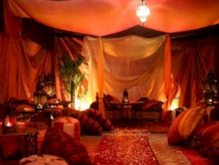 Moroccan themed bedroom design ideas 38