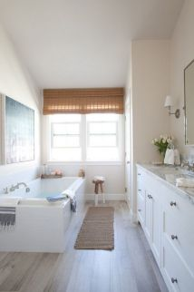 Paint colors farmhouse bathroom ideas (18)