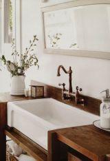 Rustic farmhouse bathroom ideas you will love (24)