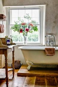 Rustic farmhouse bathroom ideas you will love (41)