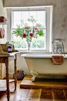 Rustic farmhouse bathroom ideas you will love (41)