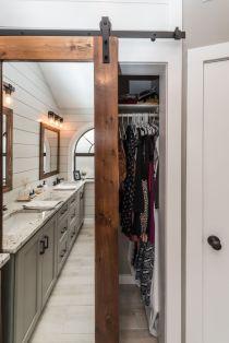 Rustic farmhouse bathroom ideas you will love (5)