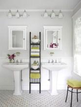 Simple bathroom ideas for small apartment 14