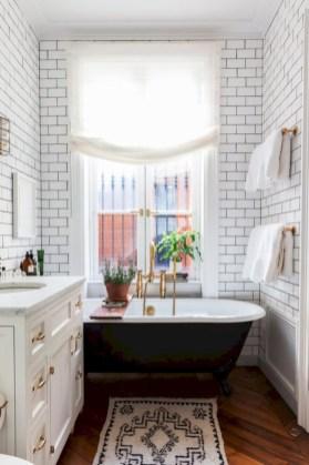 Simple bathroom ideas for small apartment 26