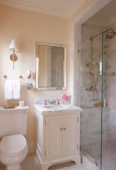 Simple bathroom ideas for small apartment 33
