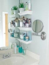 Simple bathroom ideas for small apartment 35