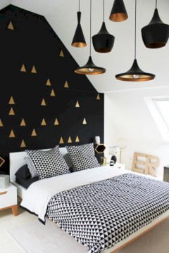 Simple bedroom design ideas with gold accents 23