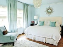 Simple bedroom design ideas with gold accents 24