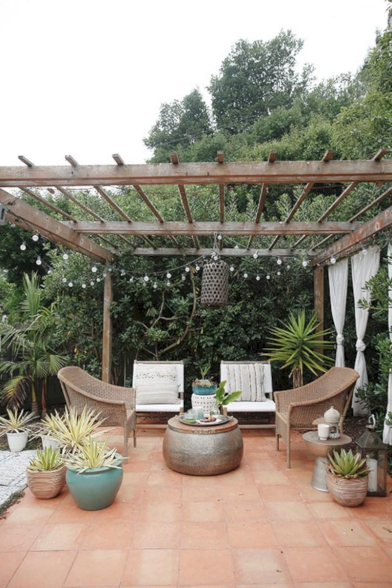 Simple patio decor ideas on a budget (3)